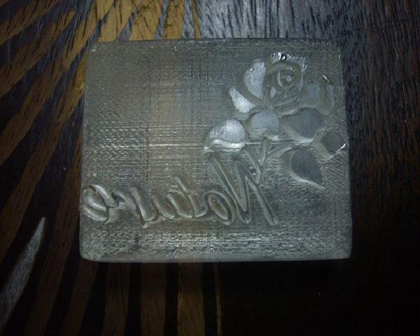 品 名 100-54透明壓克力皂章 一支花