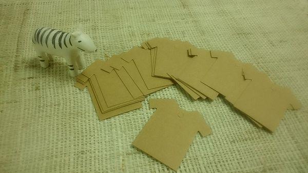吊牌-5 衣服(20入)*1包